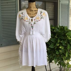 Beach tunic top/coverup like new condition